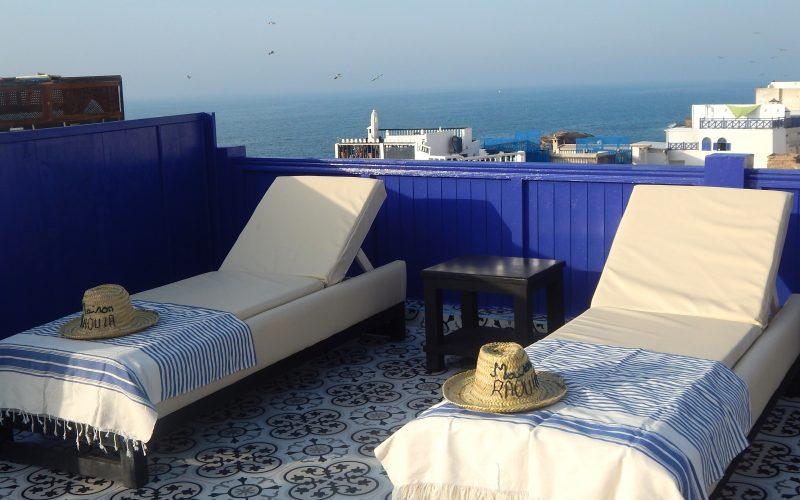 Appartement en location avec deux chambres et terrasse vue mer